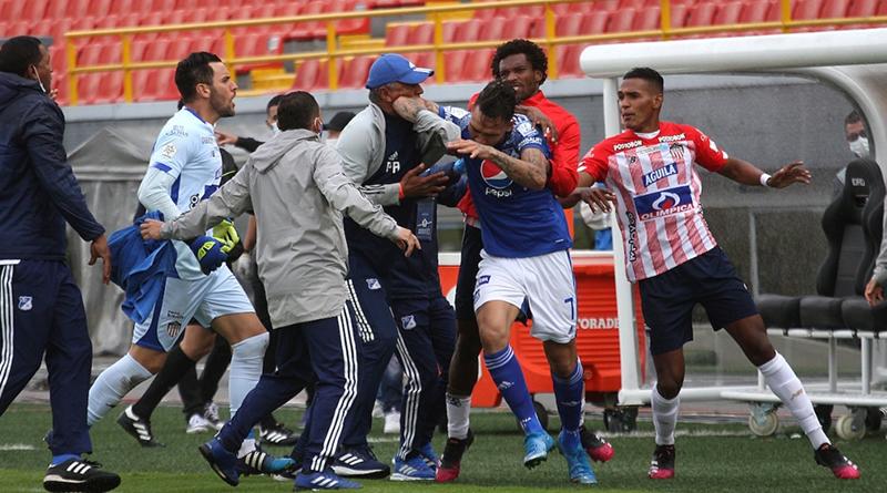 La bochornosa pelea de los jugadores de Junior con el 'Caballo' Márquez