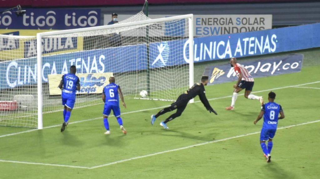 Arturo Reyes llegó con los goles: Junior superó 4-2 al Once Caldas